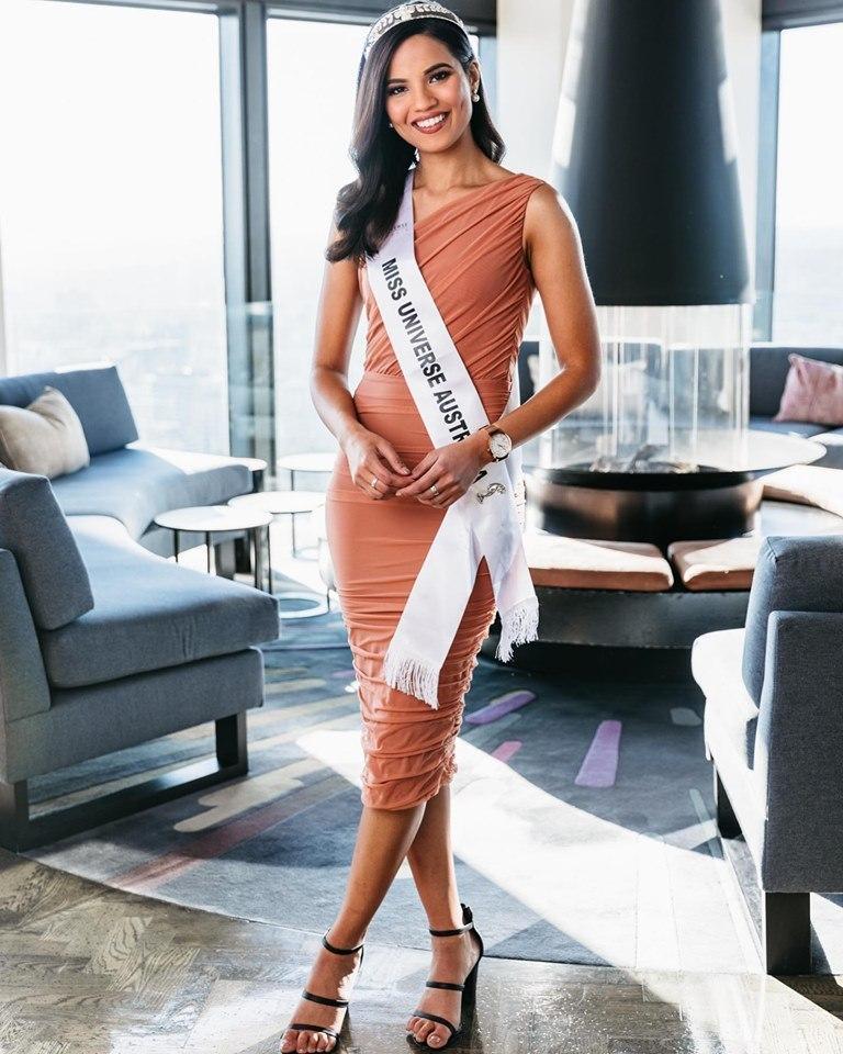 3 nữ luật sư ứng xử nuốt mic xuất hiện tại Miss Universe 2019: Số phận Hoàng Thùy đi đâu về đâu?-7