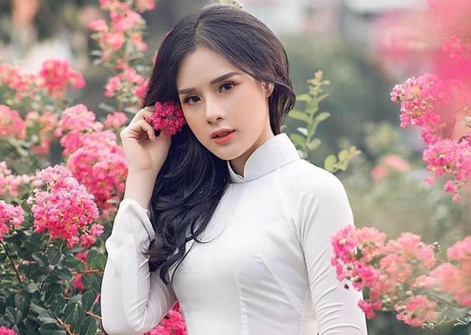 Những bóng hồng từng công khai hẹn hò với cầu thủ Nguyễn Trọng Đại-2