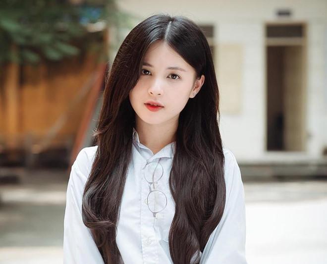Những bóng hồng từng công khai hẹn hò với cầu thủ Nguyễn Trọng Đại-6