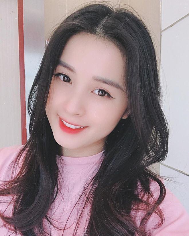 Những bóng hồng từng công khai hẹn hò với cầu thủ Nguyễn Trọng Đại-7