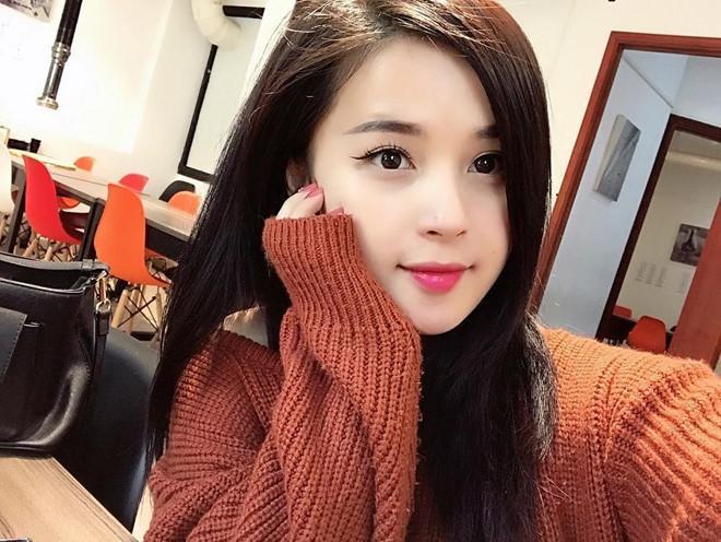 Những bóng hồng từng công khai hẹn hò với cầu thủ Nguyễn Trọng Đại-8
