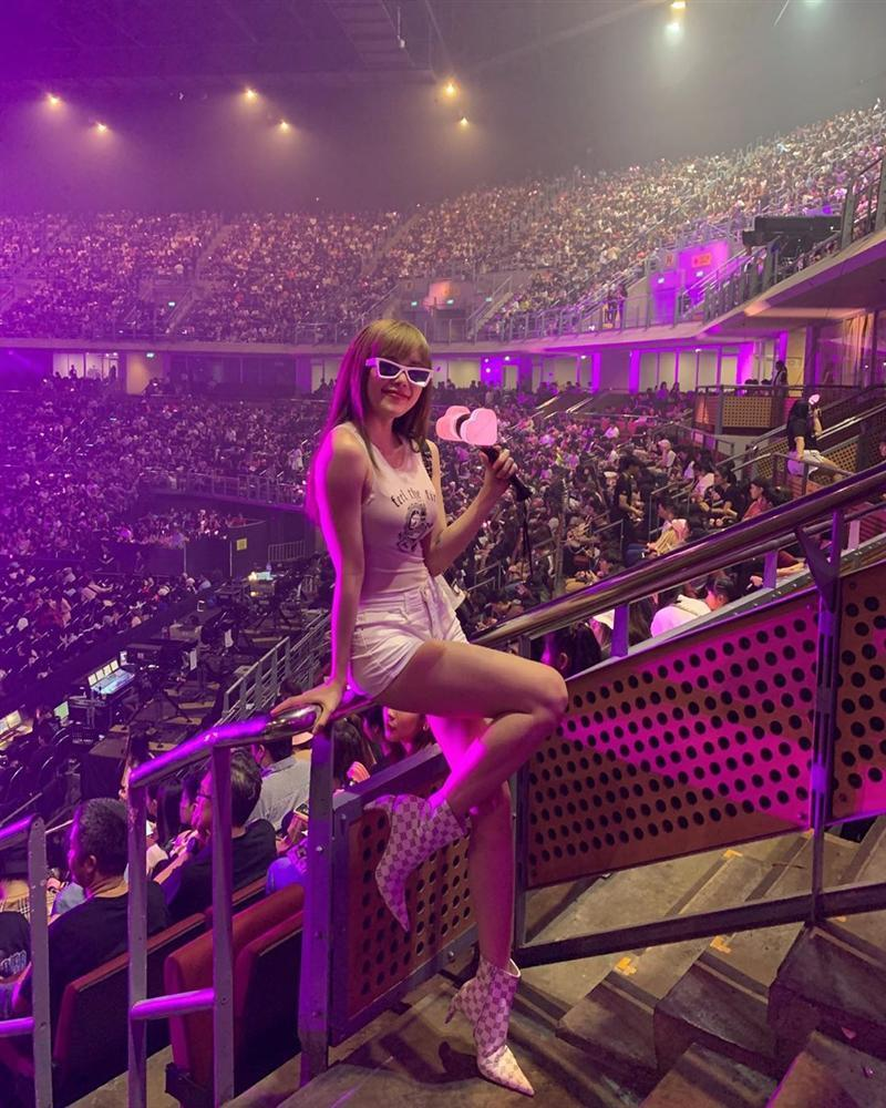 Sự thật về thông tin Sơn Tùng M-TP hẹn hò bí mật với gái đẹp Thiều Bảo Trâm tại concert BLACKPINK-1