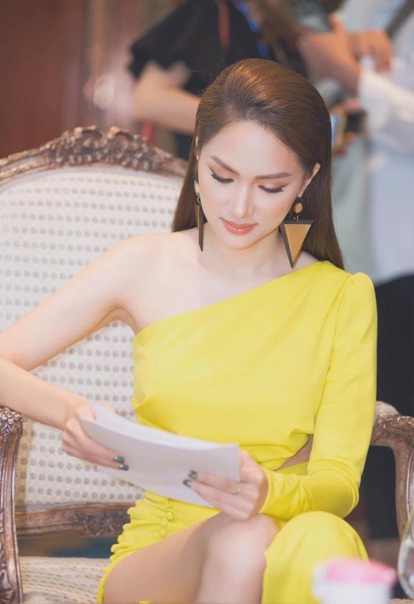 Hương Giang chơi lớn với style mắt lửa ngươi vàng giống Tề Thiên Đại Thánh, fan được phen trầm trồ-6