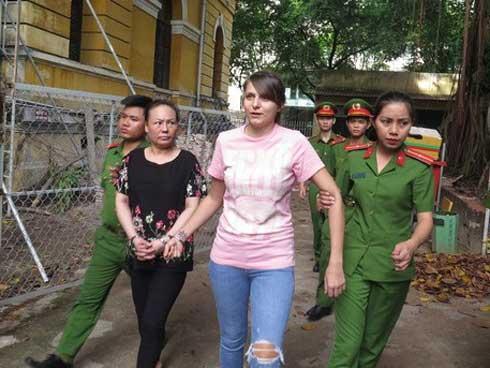 Chân dung hotgirl người Nga tổ chức sextour ở Việt Nam-1