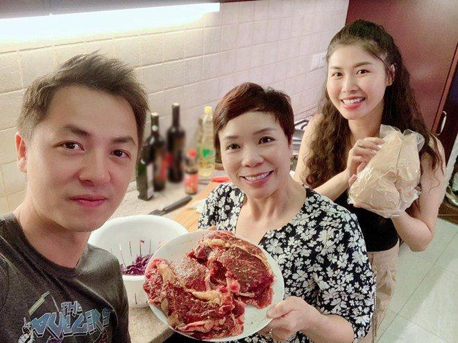 Vợ xinh của Đăng Khôi đi du lịch vẫn vào bếp làm món nhà giàu: Bất ngờ với mức giá-2