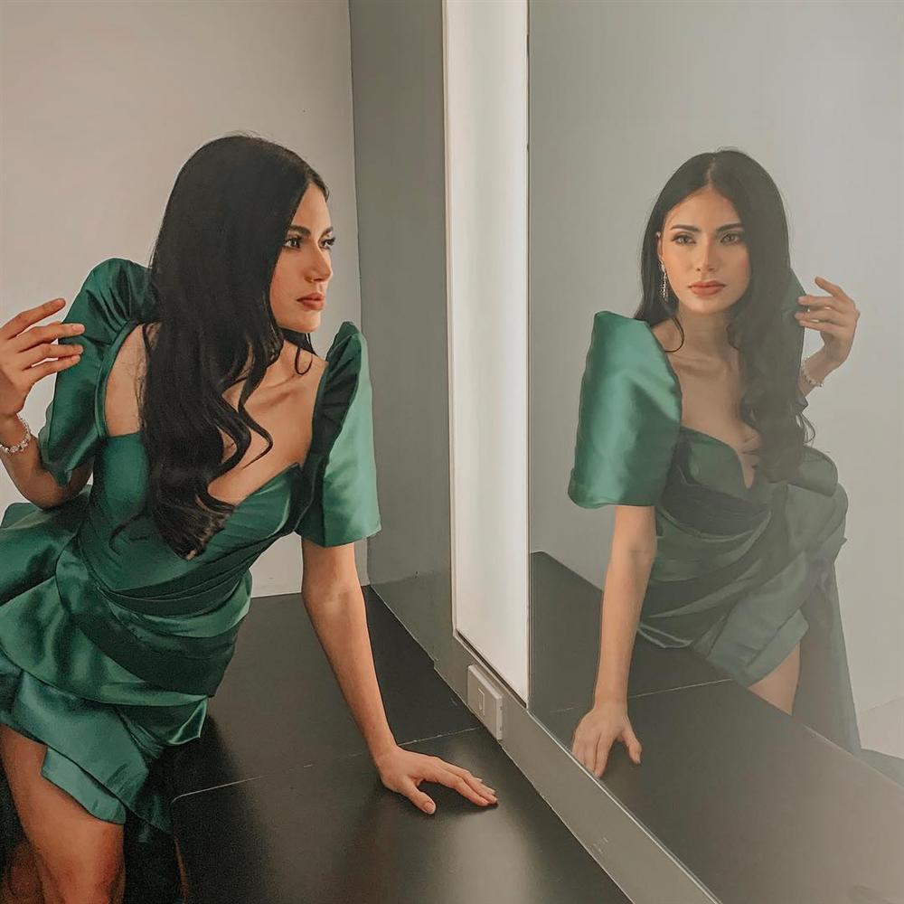 Bản tin Hoa hậu Hoàn vũ 15/7: HHen Niê diện áo dài trắng vẫn chặt đẹp dàn mỹ nhân từ Đông sang Tây-9