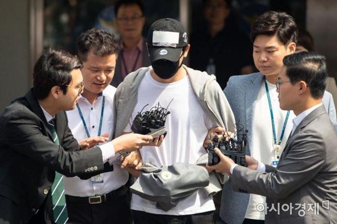 Kang Ji Hwan thừa nhận cưỡng hiếp đồng nghiệp nữ-1