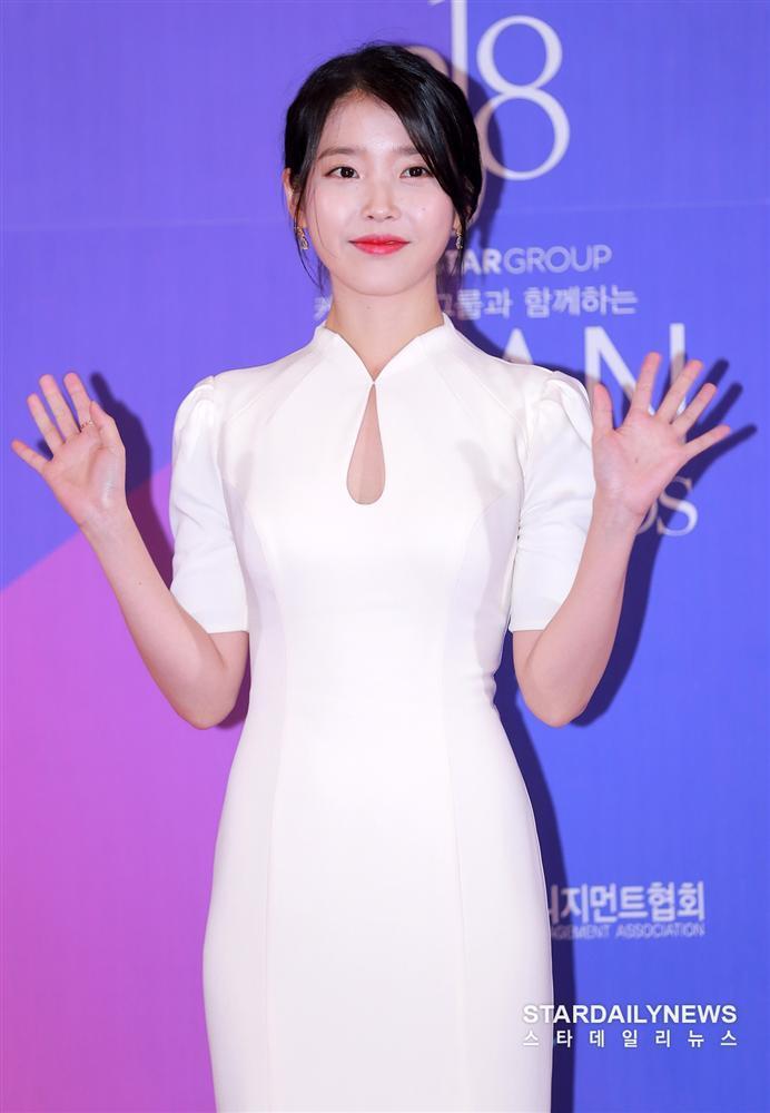 Top 5 nữ idol Kpop là hiện thân của câu nói: Bên ngoài xinh đẹp, bên trong nhiều tiền-1