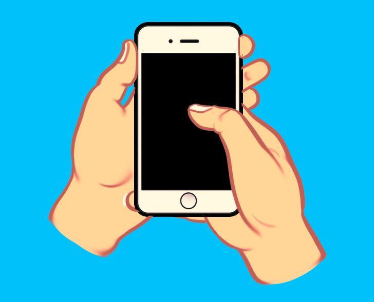 Nhìn cách cầm điện thoại nhắn tin, biết ngay người sang hay nghèo, tính cách ra sao-2
