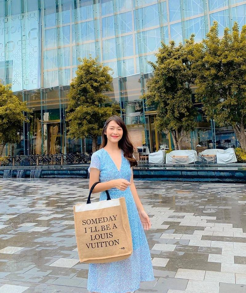 Thúy Vi khoe street style phô diễn vựa hoa quả quá đà lại già hơn hẳn Chi Pu dù kém 5 tuổi-6