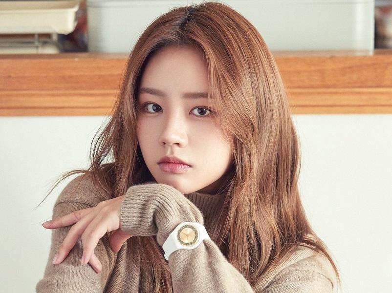 Vượt mặt Kim Yoo Jung - Jennie, IU được bình chọn là sao nữ giàu có và nổi tiếng nhất-3