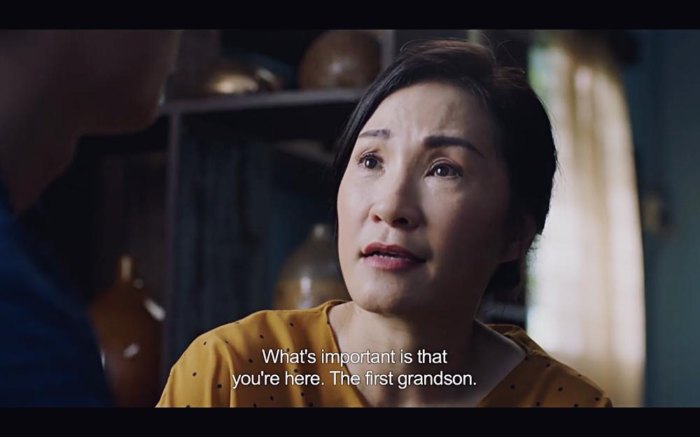 Hoàng thượng của Chi Pu gây sốc khi hỏi người tình đồng tính: Em muốn nằm trên hay nằm dưới?-10