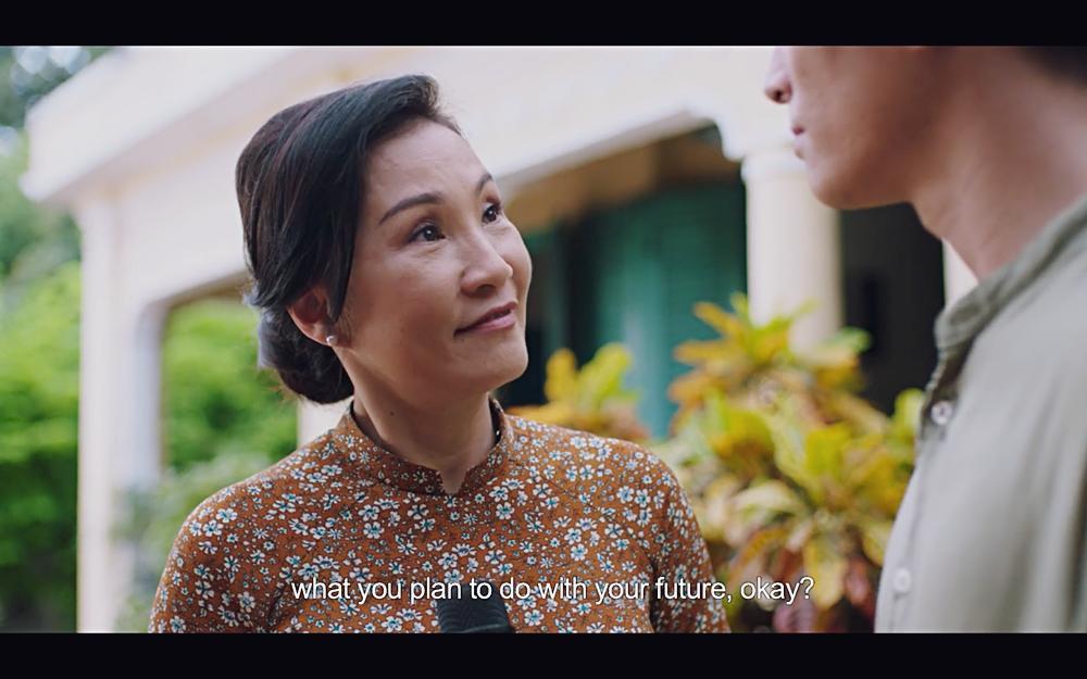 Hoàng thượng của Chi Pu gây sốc khi hỏi người tình đồng tính: Em muốn nằm trên hay nằm dưới?-13