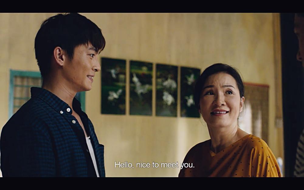 Hoàng thượng của Chi Pu gây sốc khi hỏi người tình đồng tính: Em muốn nằm trên hay nằm dưới?-4