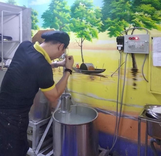 Thưởng thức bún quậy lừng danh Phú Quốc tại Hà Nội-1