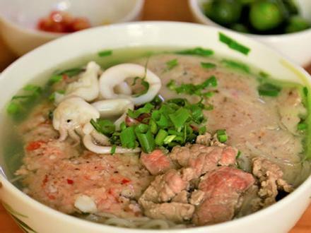 Thưởng thức bún quậy lừng danh Phú Quốc tại Hà Nội