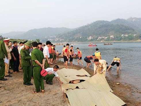 3 trong 4 nạn nhân tử vong vì đuối nước ở Phú Thọ là sinh viên, gặp nạn khi về quê bạn tổ chức sinh nhật-1