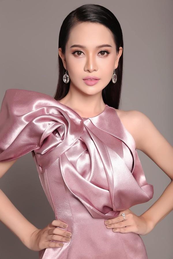 HOT: Á hậu Chuyển giới xinh như hoa bị loại thẳng khỏi cuộc thi Hoa hậu Hoàn vũ Việt Nam 2019-2