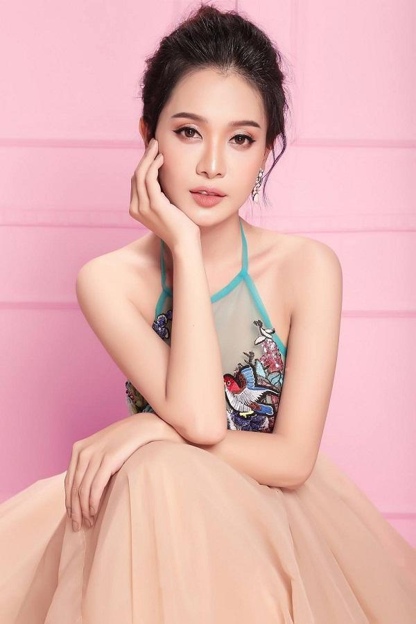 HOT: Á hậu Chuyển giới xinh như hoa bị loại thẳng khỏi cuộc thi Hoa hậu Hoàn vũ Việt Nam 2019-3
