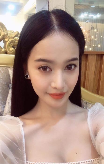 HOT: Á hậu Chuyển giới xinh như hoa bị loại thẳng khỏi cuộc thi Hoa hậu Hoàn vũ Việt Nam 2019-7