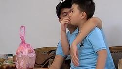 Nhìn loạt ảnh này giữa con trai Lê Phương và chồng trẻ - ai dám nghĩ là con riêng và bố dượng