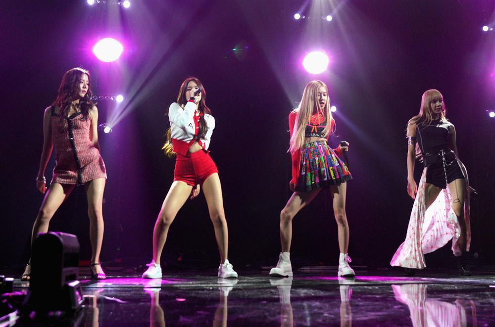 Những điều mắt thấy tai nghe chứng minh BLACKPINK đang trên đà cực mạnh trở thành nhóm nữ hàng đầu Hàn Quốc-2