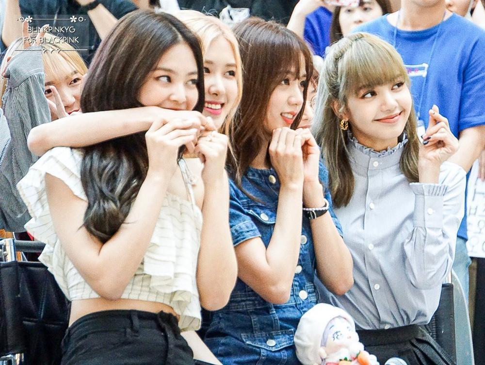 Những điều mắt thấy tai nghe chứng minh BLACKPINK đang trên đà cực mạnh trở thành nhóm nữ hàng đầu Hàn Quốc-3