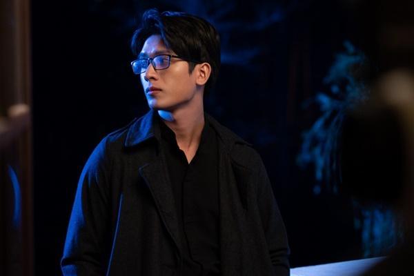Phim Việt đầu tiên về ma cà rồng bất ngờ đánh úp khán giả bằng teaser cung đấu gay cấn-7
