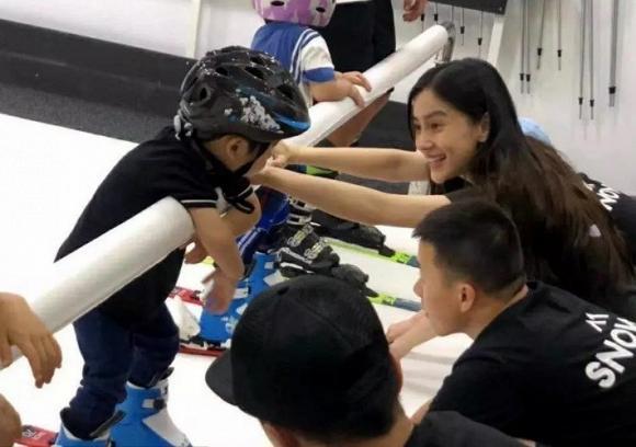 Chẳng chịu kém cô bạn thân Dương Mịch, Angela Baby cũng tham gia đường đua khoe eo con kiến-5