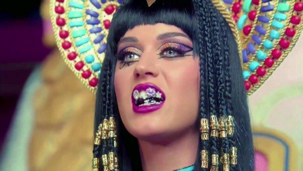 Bản hit hơn 2,6 tỷ lượt xem của Katy Perry bị kiện là hàng đạo nhái-2