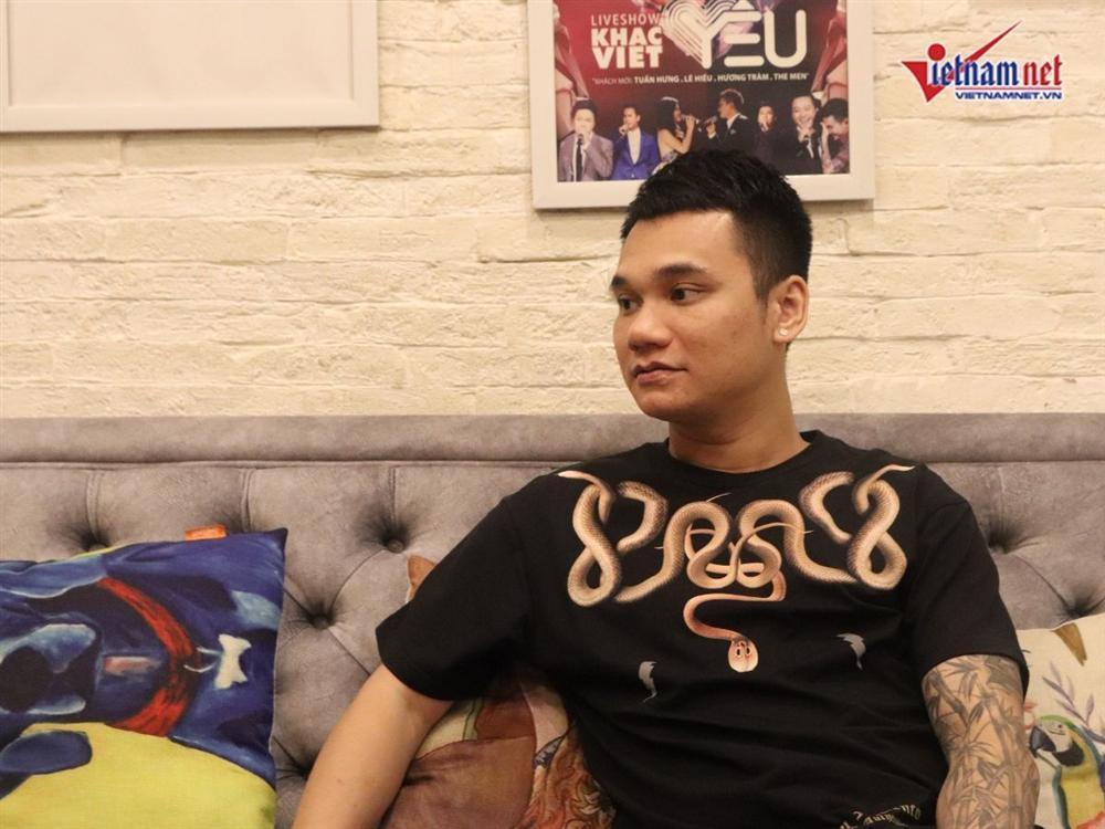 Khắc Việt tiết lộ vợ sexy, kiếm tiền giỏi, thu nhập ngoài không thua kém đi hát-3