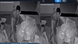 Clip: Người đàn ông mặc đồ lót chui qua lỗ thông gió vào nhà, có những 'hành động lạ' lúc bà chủ đang ngủ say