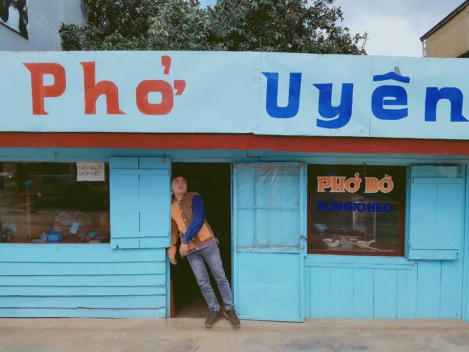 Thanh niên chơi trội chụp bộ ảnh vừa đi chơi vừa ngủ gật tại Đà Lạt không ngờ nhận cơn bão chia sẻ mạng xã hội-12