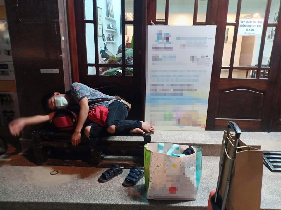 Thanh niên chơi trội chụp bộ ảnh vừa đi chơi vừa ngủ gật tại Đà Lạt không ngờ nhận cơn bão chia sẻ mạng xã hội-21