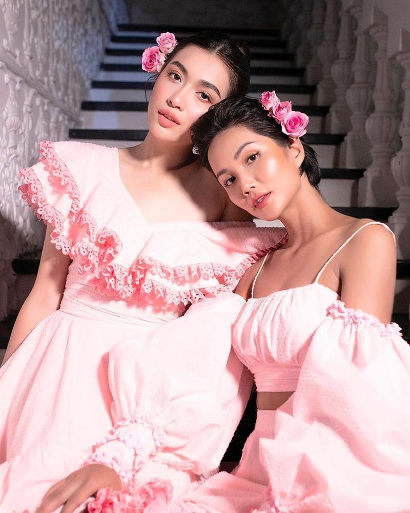 Bản tin Hoa hậu Hoàn vũ 20/7: HHen Niê cùng Lệ Hằng lên đồ công chúa chặt đẹp dàn mỹ nhân quốc tế-1