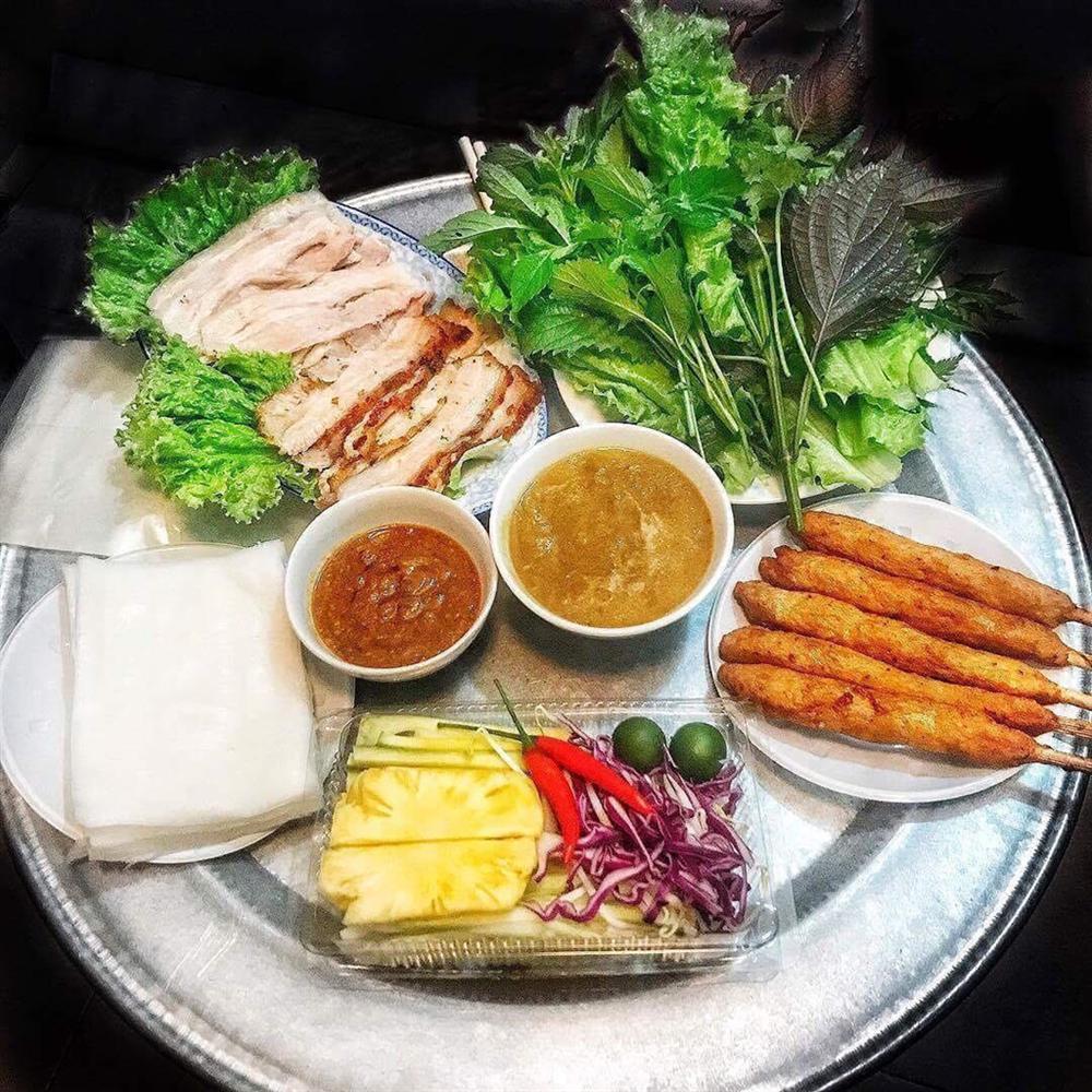Bánh tráng cuốn thịt heo và 5 món ăn không thể bỏ lỡ ở Đà Nẵng-2