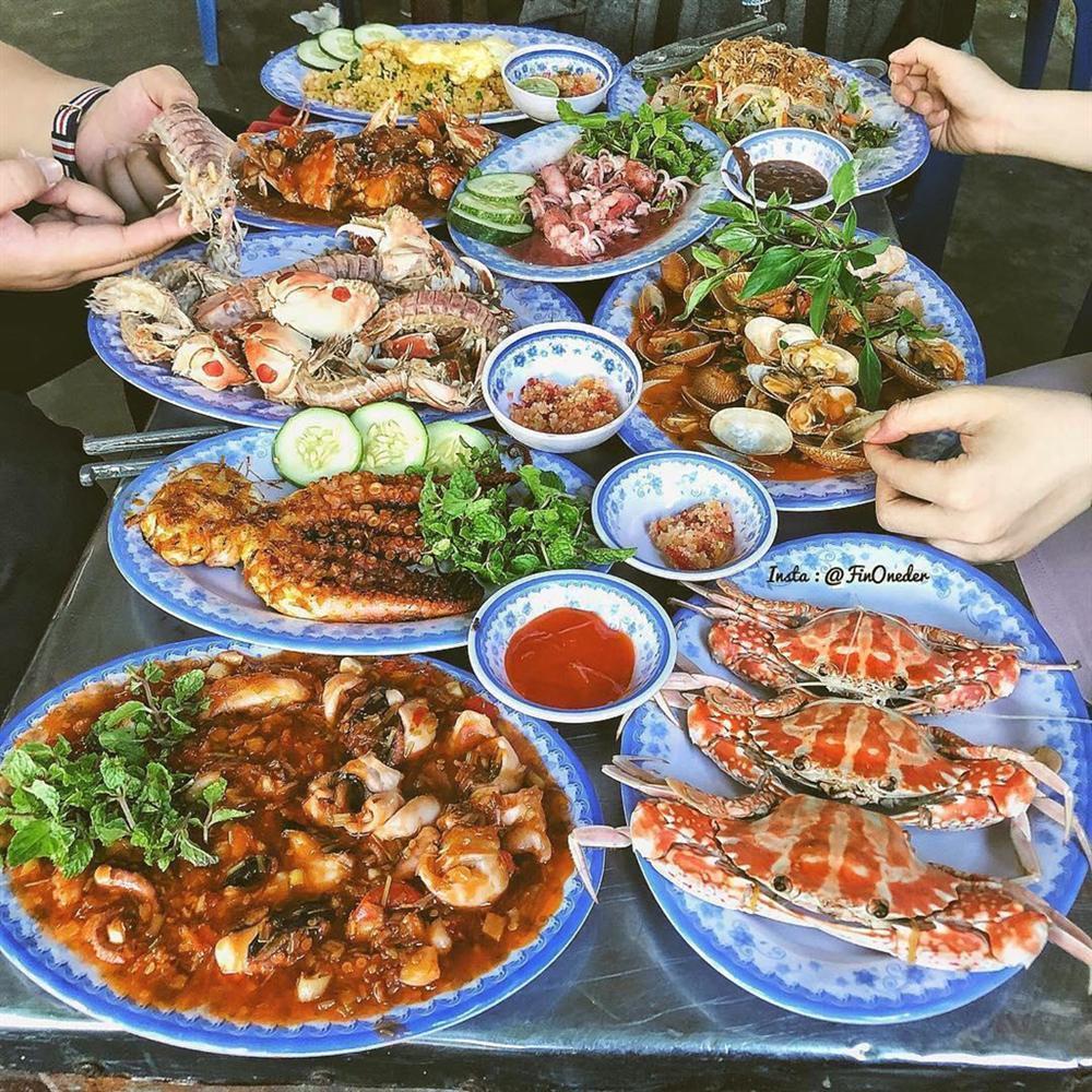 Bánh tráng cuốn thịt heo và 5 món ăn không thể bỏ lỡ ở Đà Nẵng-7