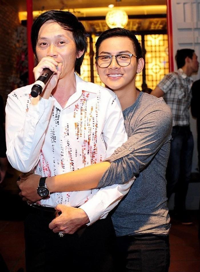 Hoài Lâm – sao trẻ chưa kịp lên đỉnh hào quang đã trở thành ông bố nặng gánh mưu sinh ở tuổi 24-6