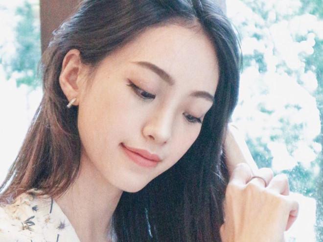 Bốn hot girl Hong Kong: Người làm nghề bốc vác, kẻ đi thi hoa hậu-1