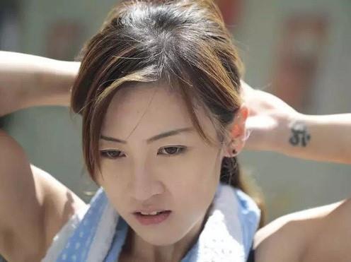 Bốn hot girl Hong Kong: Người làm nghề bốc vác, kẻ đi thi hoa hậu-10