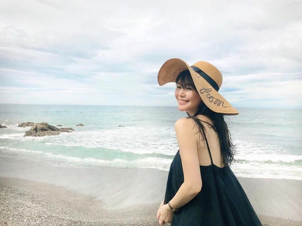Bản tin Hoa hậu Hoàn vũ 21/7: HHen Niê mặc quần jeans kỳ cục, phong cách lép vế toàn tập giữa rừng mỹ nhân-8