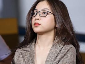 Những lần bạn gái Quang Hải gây tranh cãi khi lên truyền hình