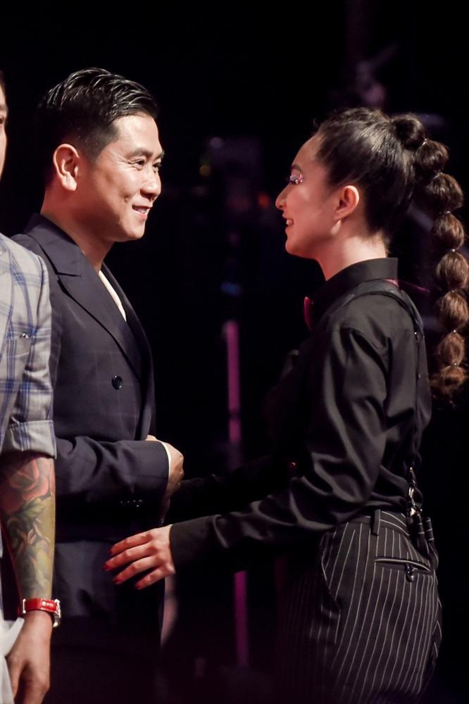 Không như lời đồn, giọng ca từng bị chê hát thiếu nam tính mới là người giành Quán Quân Giọng Hát Việt 2019-4