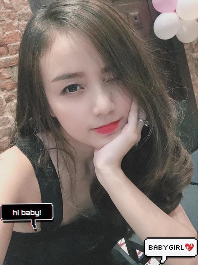 Vợ Hoài Lâm được khen về ngoại hình sau 2 lần sinh con ở tuổi 23-7