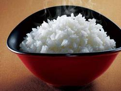 Lúc nấu cơm, hãy thêm 2 thứ này đảm bảo cơm ngon, dẻo, ăn mấy bát vẫn thèm