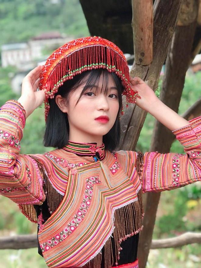 Dàn hotgirl Lào Cai gây thương nhớ với nét trong sáng-2