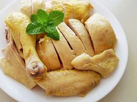Thịt gà đại bổ nhưng 'đại kỵ' với những người này, ăn vào là cực độc