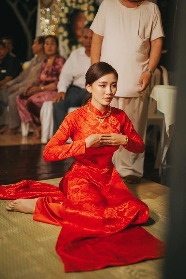 Quen nhau 5 tháng đã quyết định về chung một nhà, cặp đôi đình đám của cộng đồng LGBT Việt gây bão mạng với đám cưới hoành tráng-2