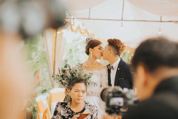 Quen nhau 5 tháng đã quyết định về chung một nhà, cặp đôi đình đám của cộng đồng LGBT Việt gây bão mạng với đám cưới hoành tráng-8