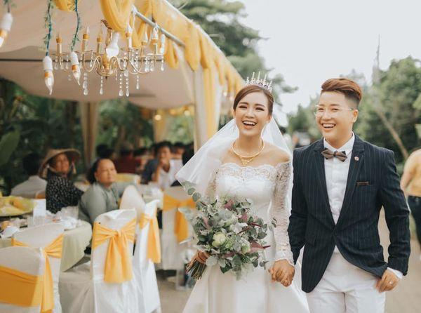 Quen nhau 5 tháng đã quyết định về chung một nhà, cặp đôi đình đám của cộng đồng LGBT Việt gây bão mạng với đám cưới hoành tráng-11